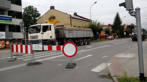 Nowy Sącz/remont ul. Długosza: miał być horror a jest diablo ciasno [WIDEO]