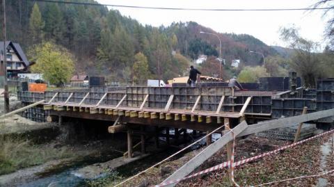 Piwniczna/Czercz: Budują most żeby postawić przedszkole