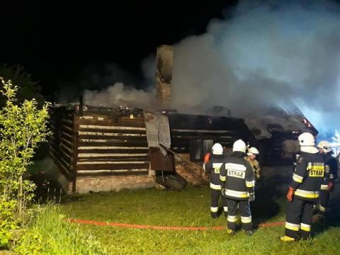 Dom spłonął doszczętnie. Straty sięgają 100 tysięcy złotych