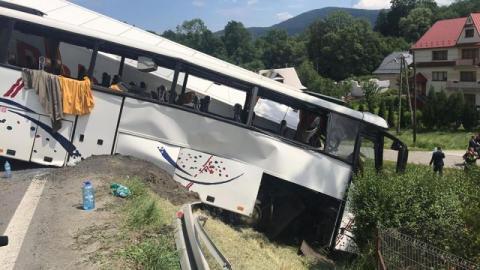 Wypadek na Zakopiance. Kilkadziesiąt osób jest rannych