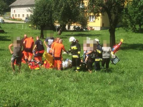 Wypadek w Siennej. Przez nadmierną prędkość aż cztery osoby trafiły do szpitala