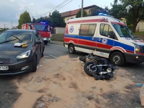 Nowy Sącz: wypadek na ul. Węgierskiej. Motocyklista zderzył się z samochodem