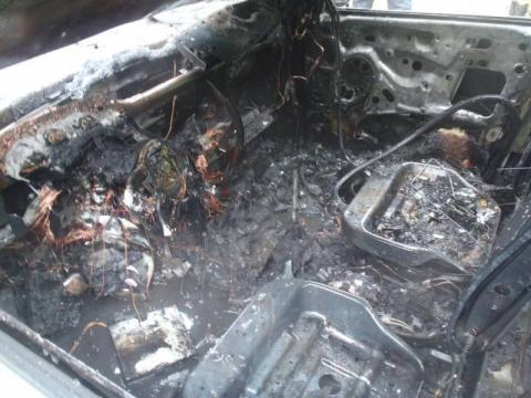 Pożary w Kadczy i Nawojowej. Auta płonęły jak zapałki