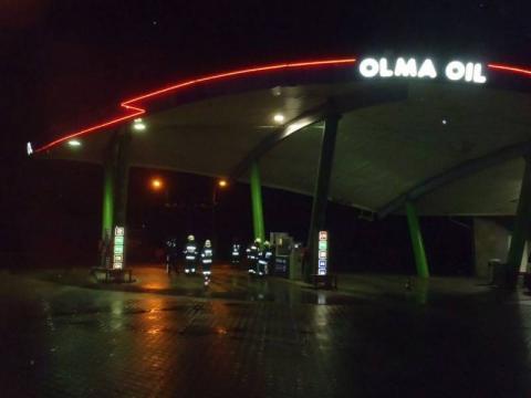 Na stacji paliw w Rytrze wydobywał się gaz. Została zamknięta do momentu usunięcia usterki