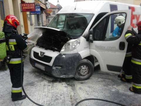 Palił się Peugeot na Franciszkańskiej