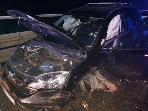 """Kurów/most na """"krajówce"""": Kobieta zasnęła za kółkiem i staranowała dwa auta"""