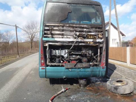 Zapalił się autobus, którym jechały dzieci