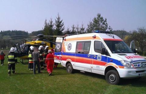 Roczne dziecko poparzyło się kawą. Śmigłowiec LPR zabrał je do krakowskiego szpitala