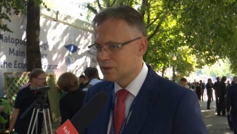 """To była niezbyt szczęśliwa wypowiedź - poseł Mularczyk tłumaczy ministra Witolda Słowika z """"Sądeczanki"""" [FILM]"""