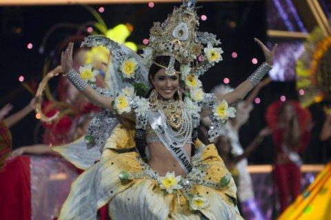 Wybory Miss Supranational 2016 - pokaz w strojach narodowych. Szaleństwo kolorów i form [ZDJĘCIA]