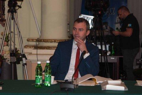 Nowy Sącz: Czy nie lepiej zachować się honorowo i zrezygnować z mandatu radnego?