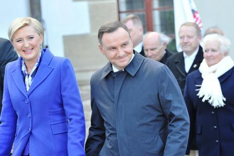 Pierwsza dama RP Agata Kornhauser-Duda otworzy bibliotekę w Starym Sączu a prezydent RP Andrzej Duda zasadzi dąb na nowosądeckich Plantach
