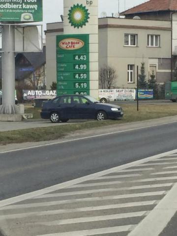 """40 groszy na litrze paliwa taniej, tyle może dać nam """"Sądeczanka""""?"""