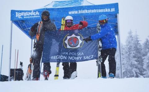 Sądeccy policjanci wrócili z mistrzostw w narciarstwie alpejskim z medalami
