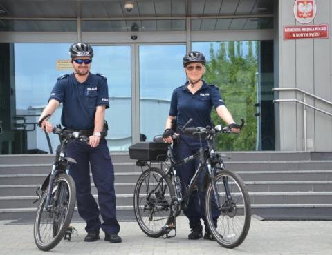 Policjanci na rowerach. Rower to skuteczne narzędzie obrony i środek przymusu?