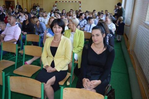 Uczniowie szkoły podstawowej w Koniuszowej witają rok szkolny wypoczęci