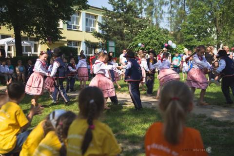 Czy przedszkolaki mogą świętować… 40 urodziny? [FILM]