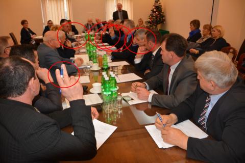 Chełmiec: Jaki był rzeczywiście wynik głosowania nad budżetem? Gafa jakich mało
