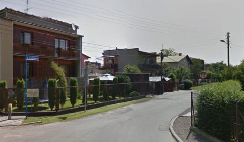 Nowy Sącz: Na ulicy ks. Gurgacza dostaną beczkowóz zamiast… drogi i chodnika?