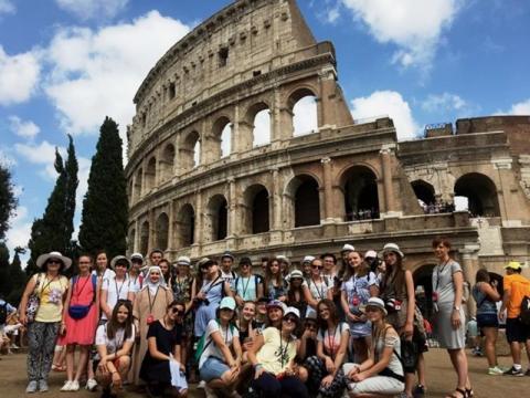 Uczniowie z Przysietnicy zwiedzili Rzym. Czym na to zasłużyli?