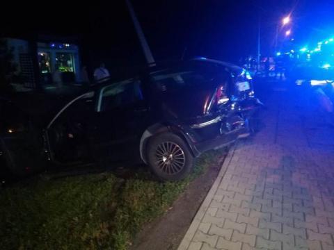 Na ul. Lwowskiej auto zatrzymało się na latarni. Kierowca trafił do szpitala