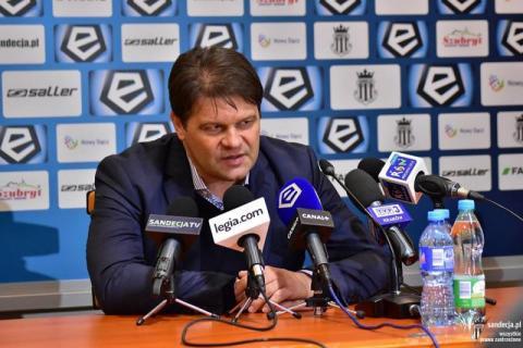 Radosław Mroczkowski zwolniony z Sandecji