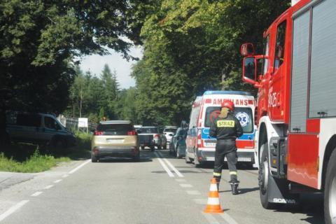Wypadek w Naściszowej. Zderzyły się dwa samochody