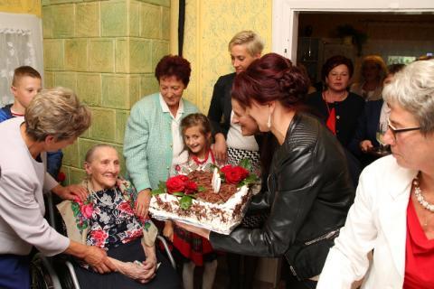 Setne urodziny Wiktorii Kubisz