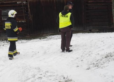 Makabryczne odkrycie w Stronie. Mieszkaniec znalazł zwłoki swojego sąsiada