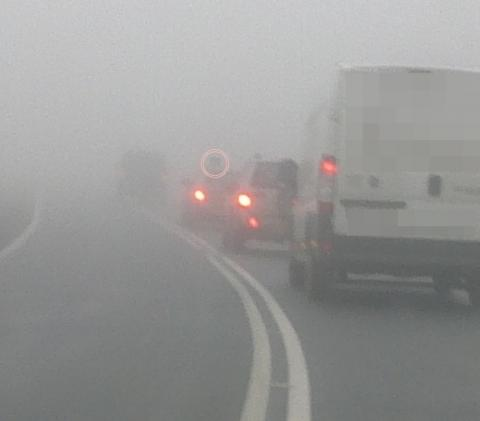 Mgła spowiła Gródek. Zderzyły się dwa Volkswageny