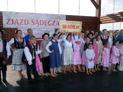 Zespół Regionalny Librantowianie wygrał w cuglach plebiscyt SKT Sądeczanin.