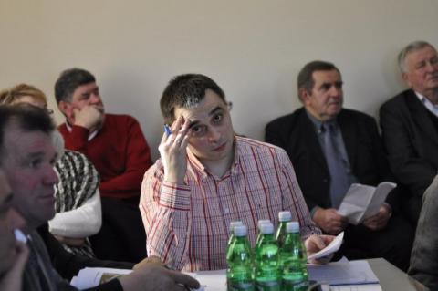 """Chełmiec ma swoje """"crime story"""": Radny Kamk chce wójta Stawiarskiego usunąć?"""