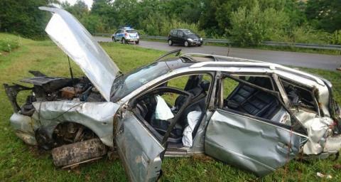 Krużlowa:18-latka nie żyje. Wciąż nie wiadomo, który z bliźniaków kierował autem