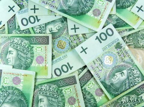 Ile zarabiają w Gminie Łososina Dolna?