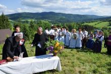 Tylicz. Msza święta i Majówka pod Huzarami