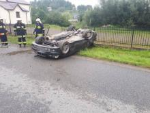 Krużlowa Niżna:Wypadł z drogi, dachował i zatrzymał się przy remizie strażackiej