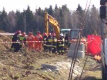 Tragiczny wypadek w Korzennej. Mężczyzny został przysypany ziemią. Zginął na miejscu