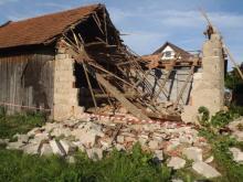 W Stadłach zawaliła się stodoła.