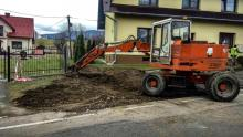 Wyciek gazu na Limanowszczyźnie. Koparka uszkodziła gazociąg