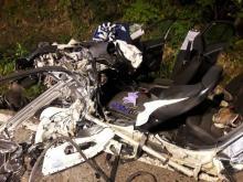 Dramatyczny wypadek w Łyczance. Kierowca był zakleszczony w aucie [ZDJĘCIA]