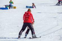 Dali im milion złotych, na jazdę na nartach z głową
