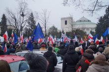 demonstracja przed Sejmem