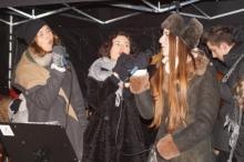 Siostry Szafrańskie na Pasterce na osiedlu Wóki w Nowym Sączu, fot. Iga Michalec