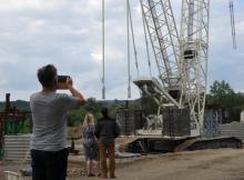 Nowa atrakcja Heleny: dźwig na budowie mostu heleńskiego