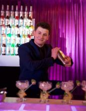 Robert Piasecki: ten to miesza po mistrzowsku! Najlepszy barman w Polsce jest z Nowego Sącza