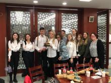 """Uczniowie sądeckiej """"dwójki"""" zwiedzają Chiny"""