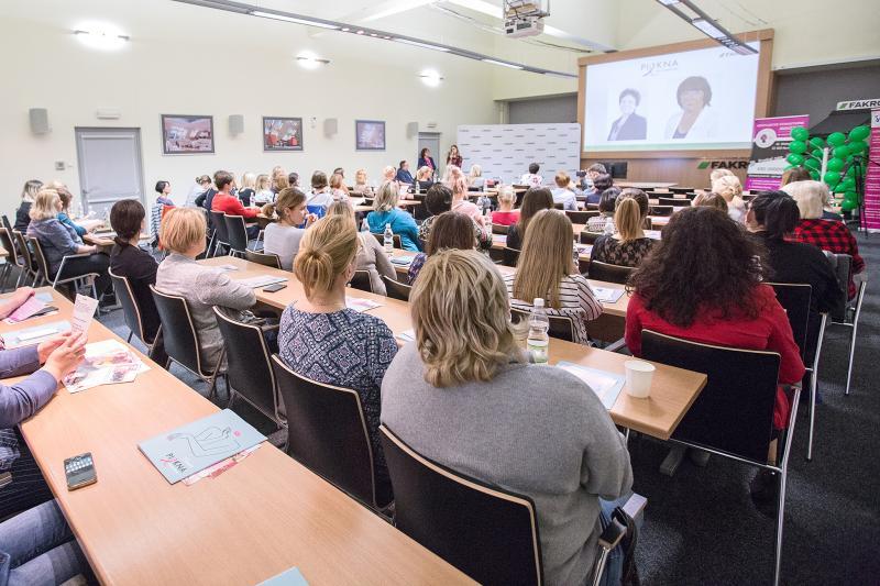 Pracownicy FAKRO na warsztatach z okazji Europejskiego Dnia Walki z Rakiem Piersi