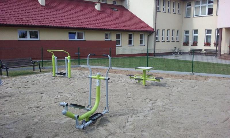 """Kamionka Wielka: 100 tys. i Mystków oraz Mszalnica mają siłownie """"pod chmurką"""""""
