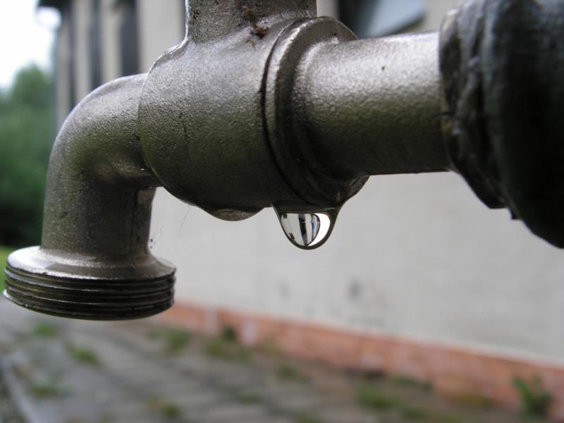 Chełmiec: problem z kanalizacją i wodą? Są numery awaryjne dla sołectw