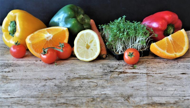 Co jeść podczas epidemii? Koronawirusowa dieta okiem dietetyka